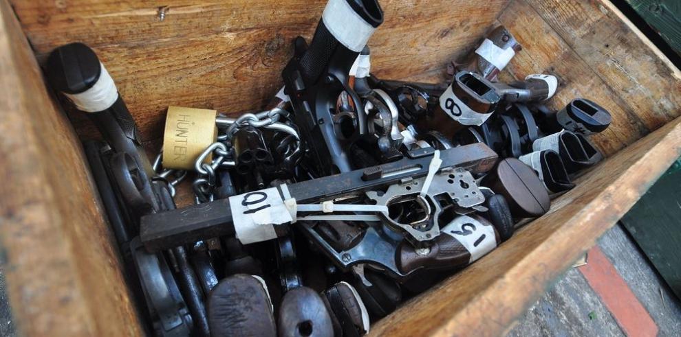 No existe un registro de las armas que entran: Donadío
