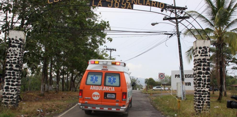 Tres reos heridos deja reyerta en La Joyita