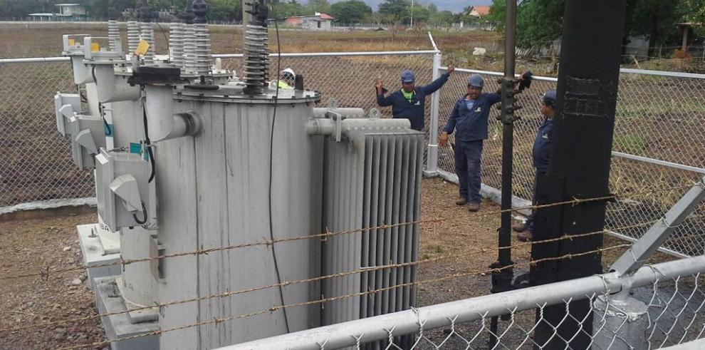 Transformadores en Coclé colapsan por sobrecarga