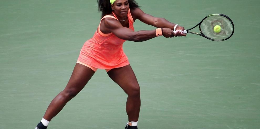 Serena Williams pierde el foco, pero avanza a tercera ronda del US Open