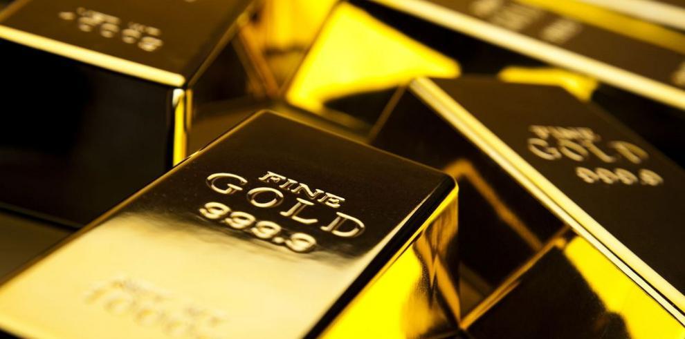 Alcistas acumulan oro antes de que el metal pierda su valor