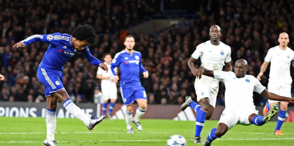 El Chelsea de Mourinho elimina al Oporto de Casillas (2-0)