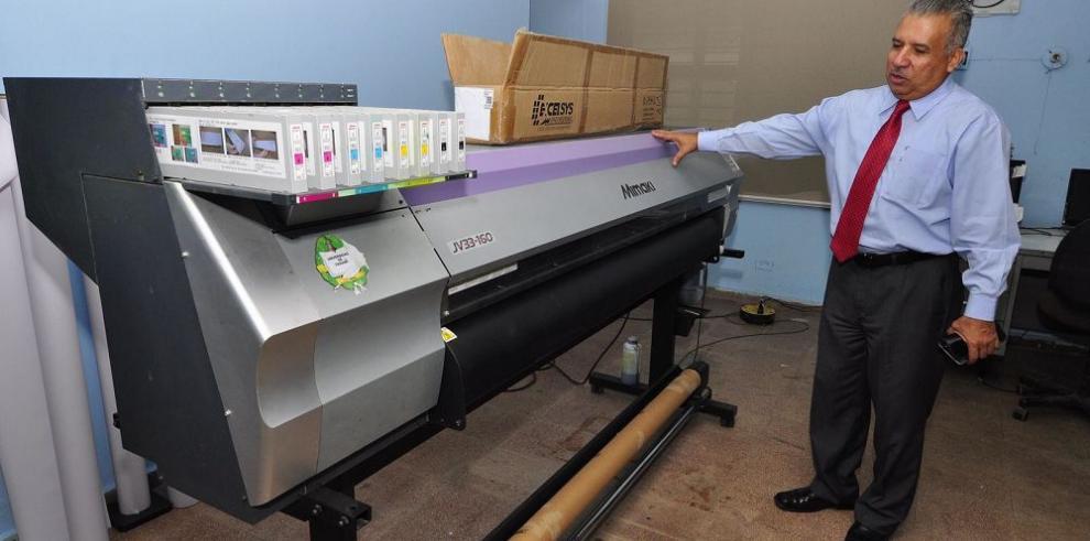 Imprenta universitaria invierte $1.4 millones para modernizarse