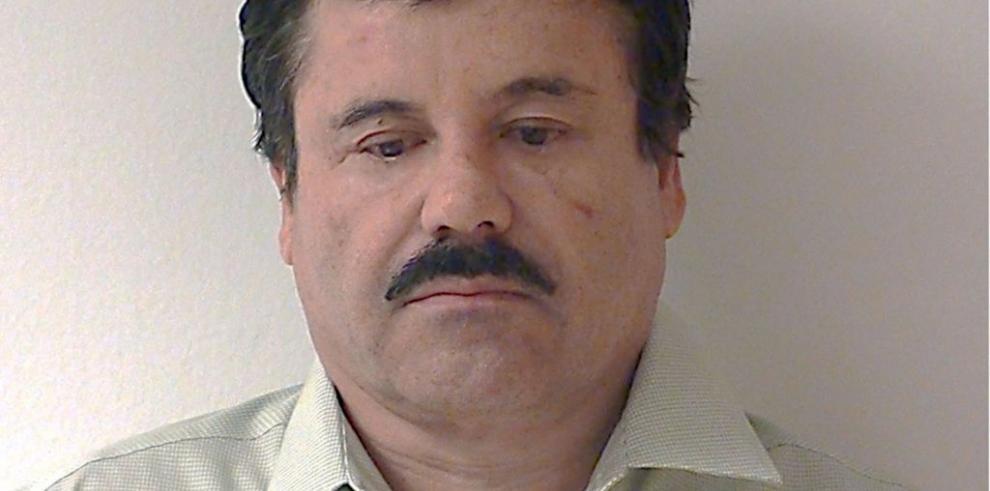 """Refuerzan fronteras y ofrecen ayuda a México por fuga de """"El Chapo"""""""