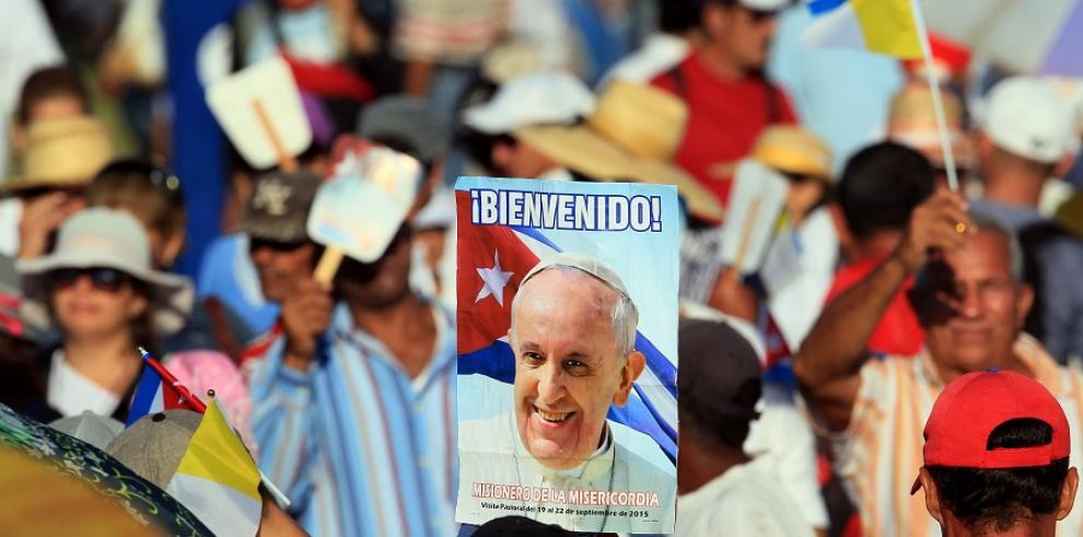 El papa viaja a Holguín para oficiar misa y cumplir centenaria tradición