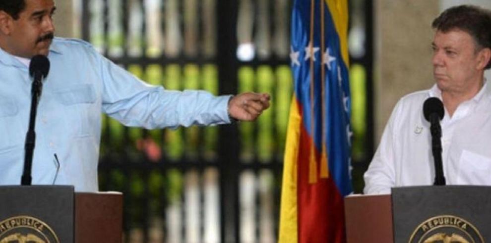 Santos y Maduro se ven las caras tras un mes de crisis fronteriza