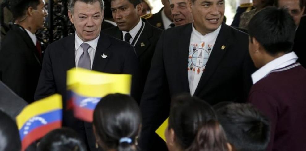Santos y Maduro acuerdan normalizar relaciones diplomáticas