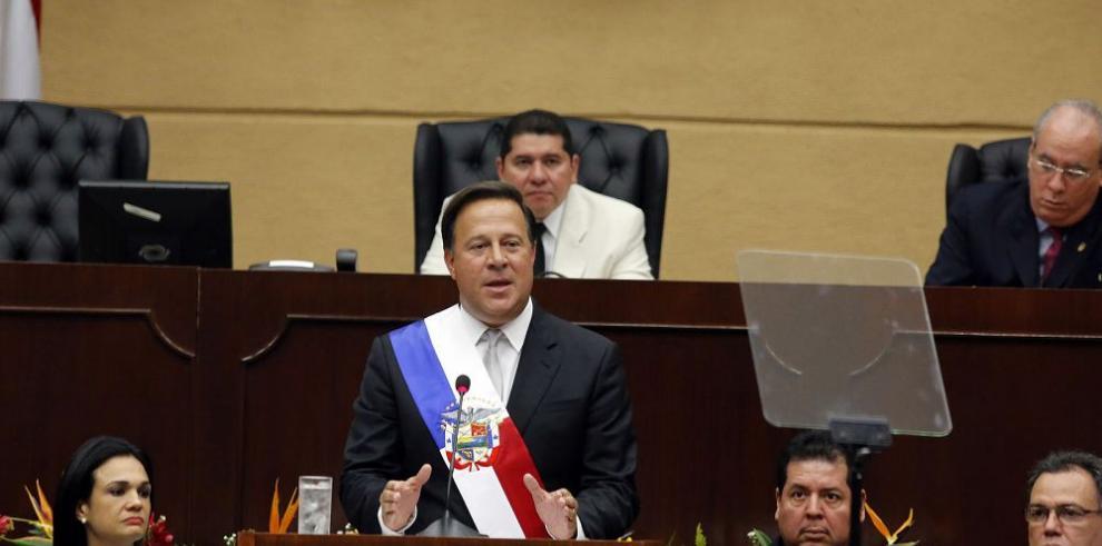 El Gobierno de Panamá, la política y la economía