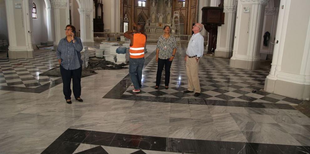 Avanza restauración de catedral de Colón