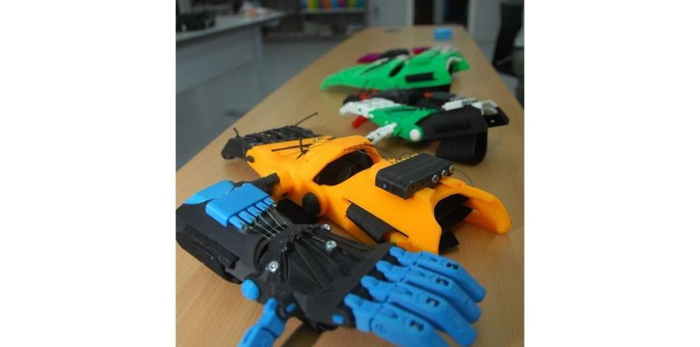 Crean mano con impresora 3D