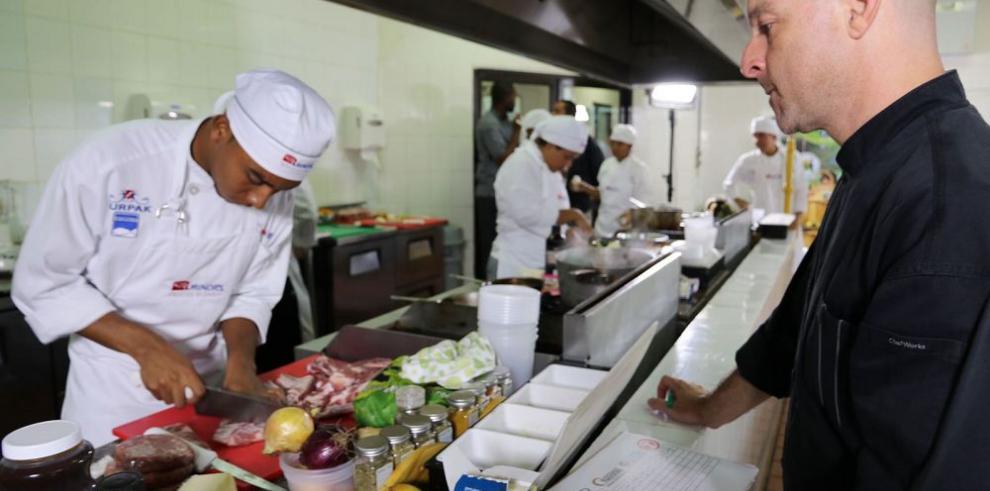 """Una alianza especial en """"Súper Chef"""""""