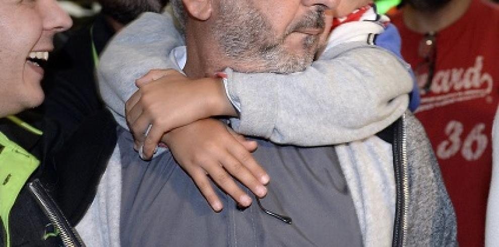 El sirio pateado por la periodista húngara vivirá en España