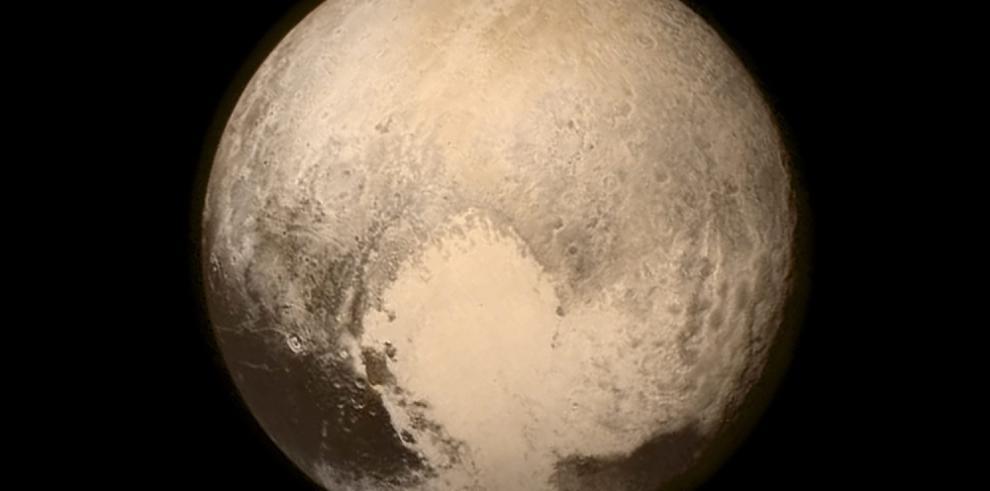 Marte y Plutón, las estrellas de la investigación espacial en 2015