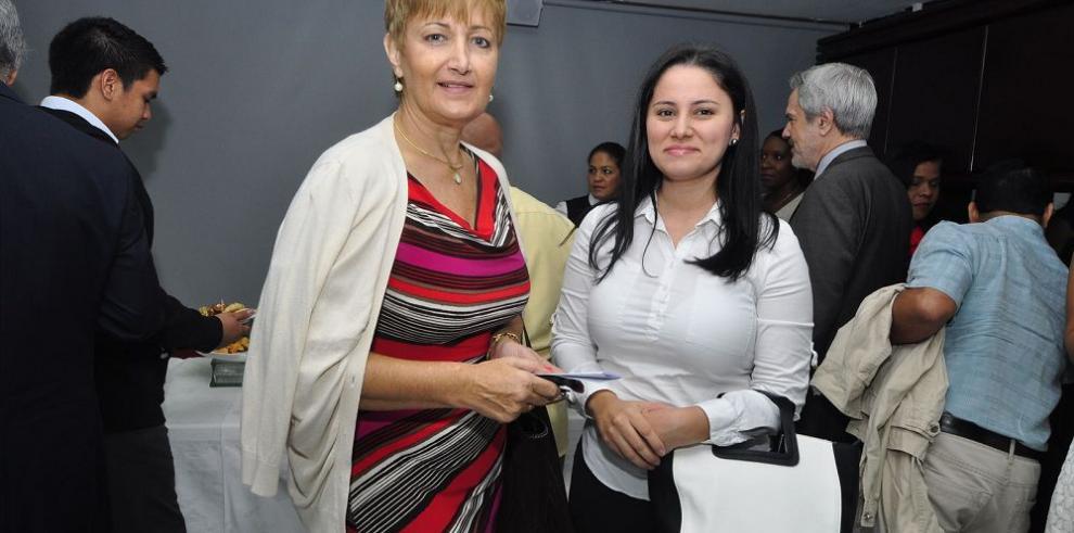 Premio a las acciones que promueven los derechos humanos