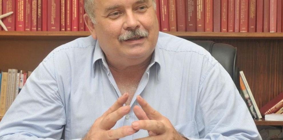 Otra querella contra Martinelli y su Gabinete