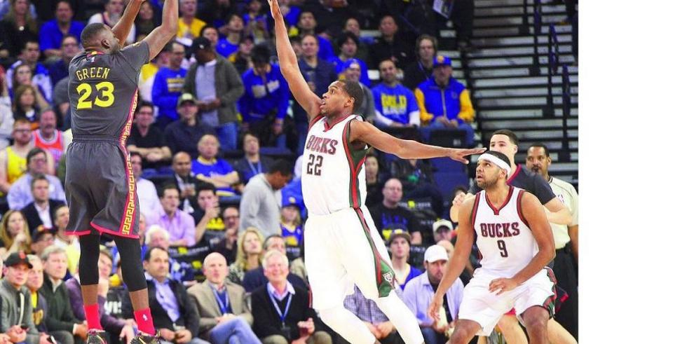 Warriors se afianzan con la mejor marca