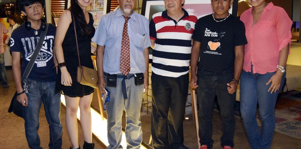 Gala de moda y arte con emprendedores