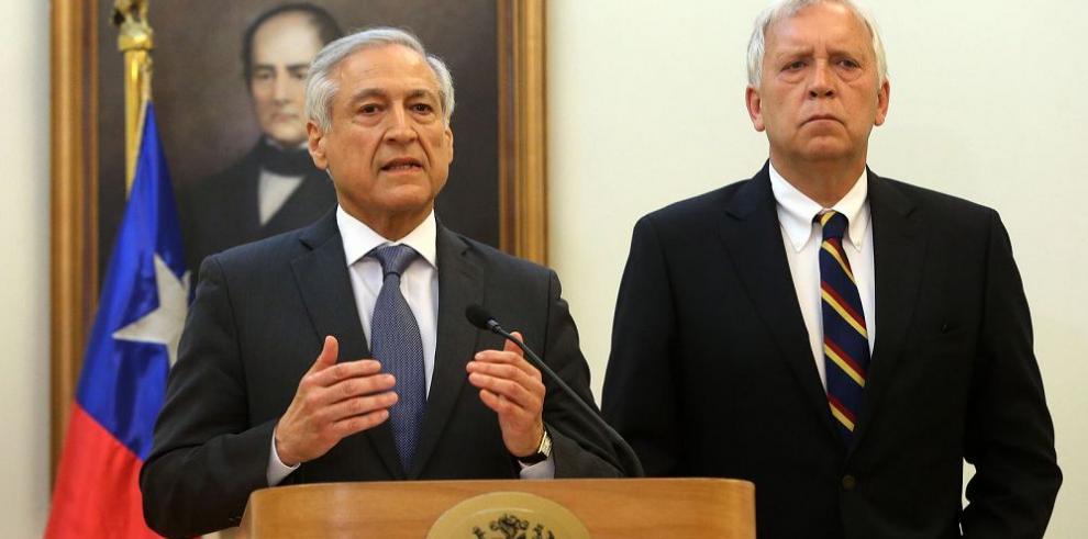 Perú niega presencia de militares peruanos en la frontera con Chile