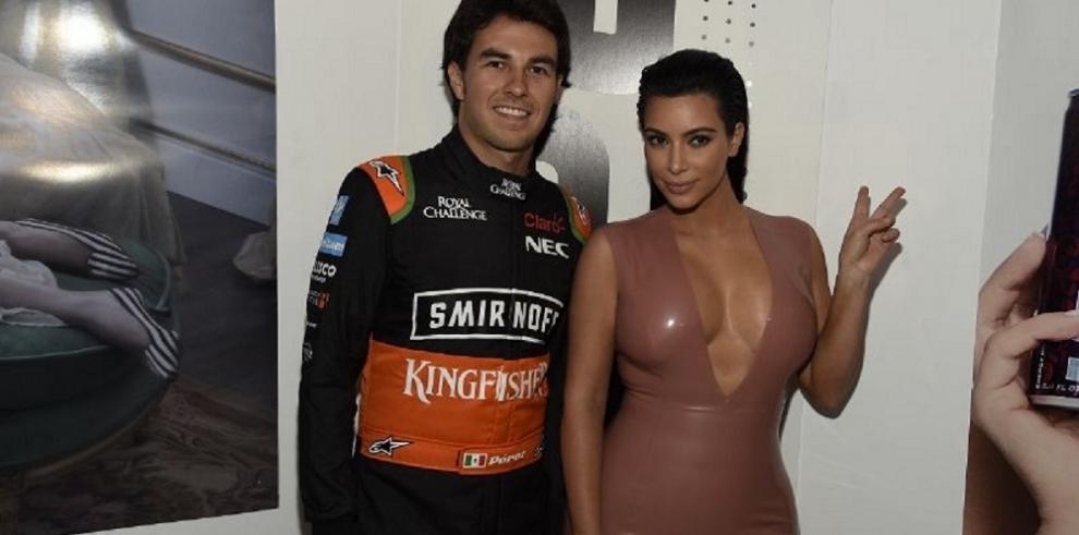 Kim Kardashian con traje de látex a pesar de embarazo