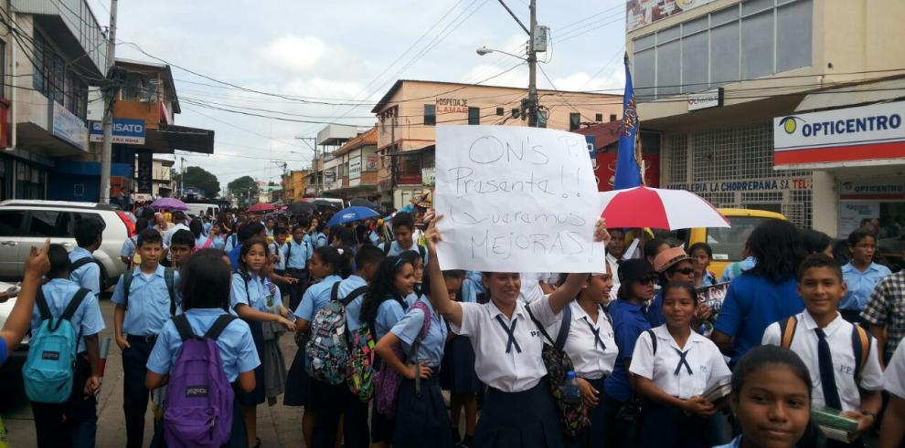 Estudiantes y docentes del Colegio Pedro Pablo Sánchez se van a paro