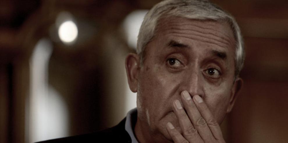 Involucran a Otto Pérez Molinacabecilla de fraude millonario