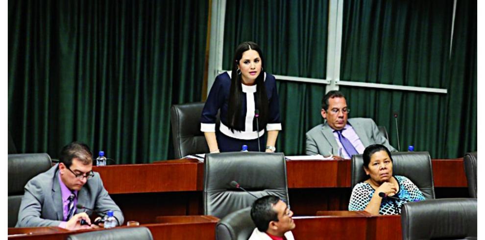 Denuncia contra Zulay, en manos de Fábrega