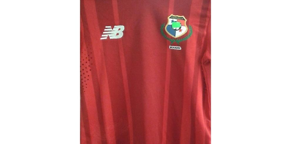 Falsifican camiseta de la selección de Panamá