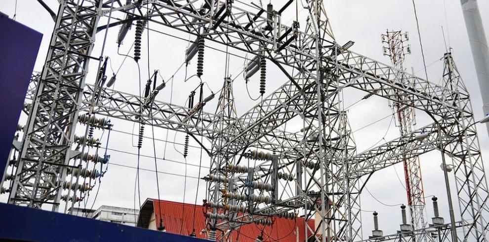Panamá contratará 700 megavatios a largo plazo