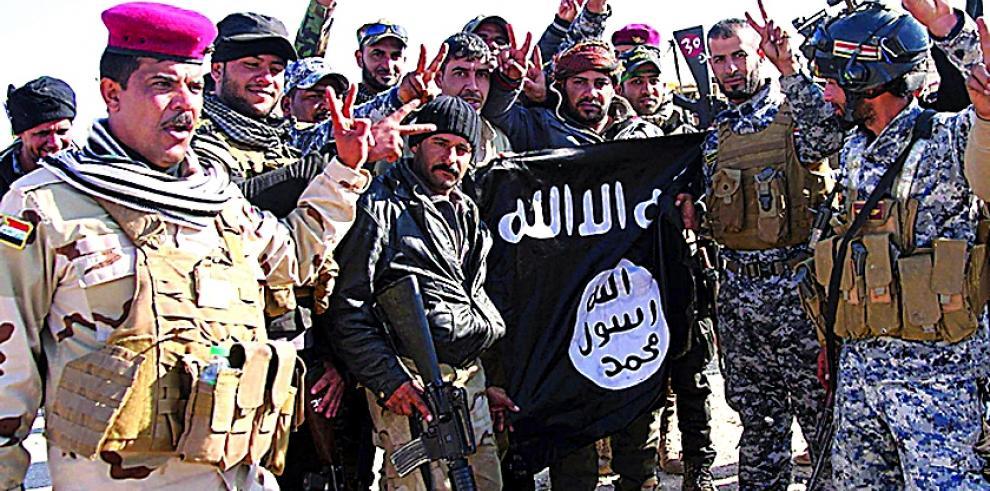 Estado Islámico crucifica a 17 personas por no cumplir ayuno de Ramadán