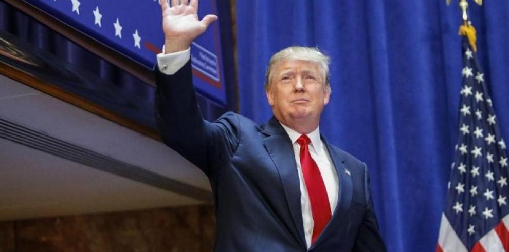 Donald Trump demanda a la cadena Univisión por rompimiento de contrato