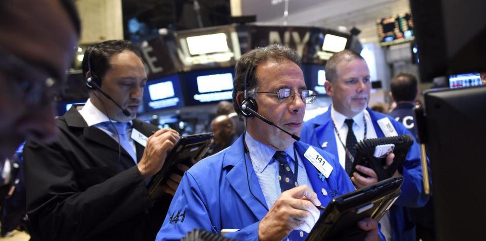 Wall Street interrumpe sus operaciones por un fallo técnico