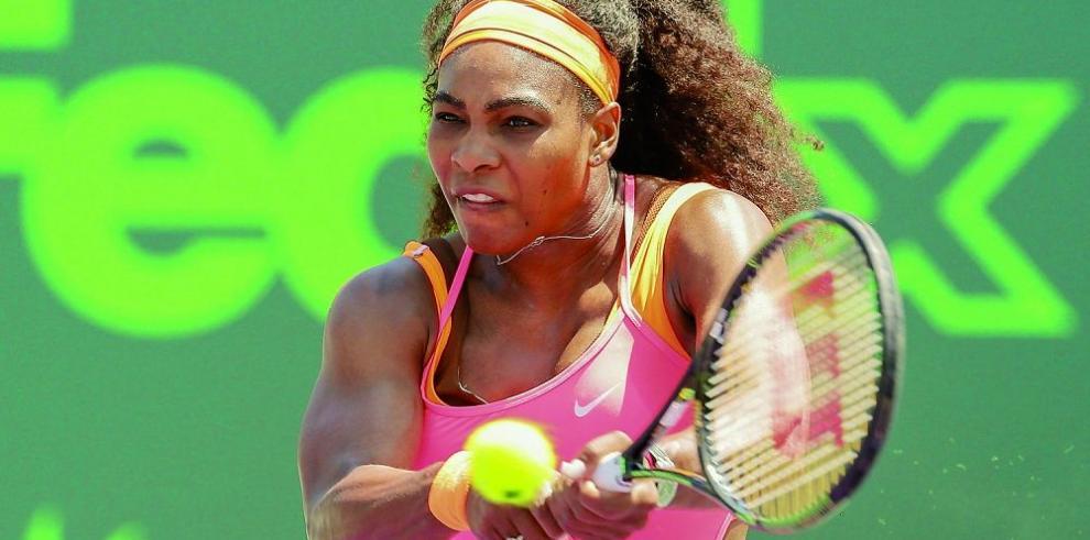 Serena se sobrepone a un mal comienzo