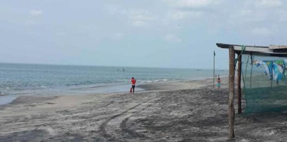 SINAPROC alerta fuertes oleajes en costas del Caribe y Pacífico