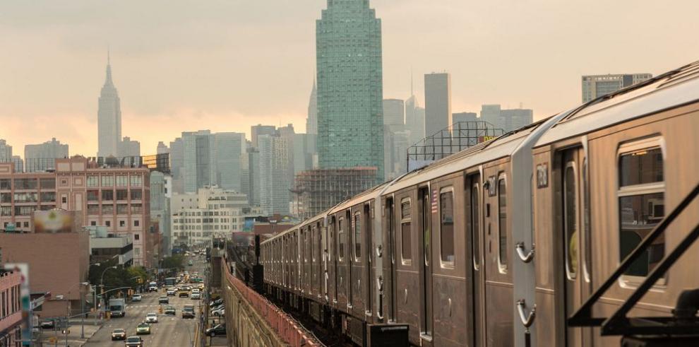 Nueva York inaugura primera estación del metro