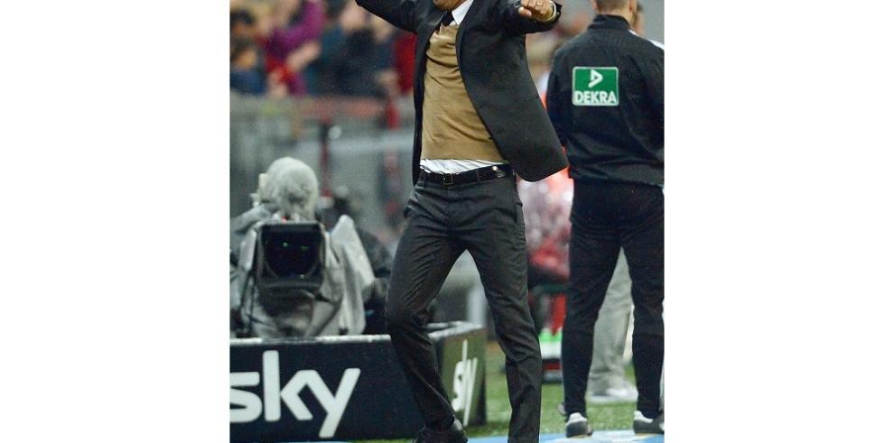 Lewandowski destroza al Wolsburgo con cinco goles en nueve minutos