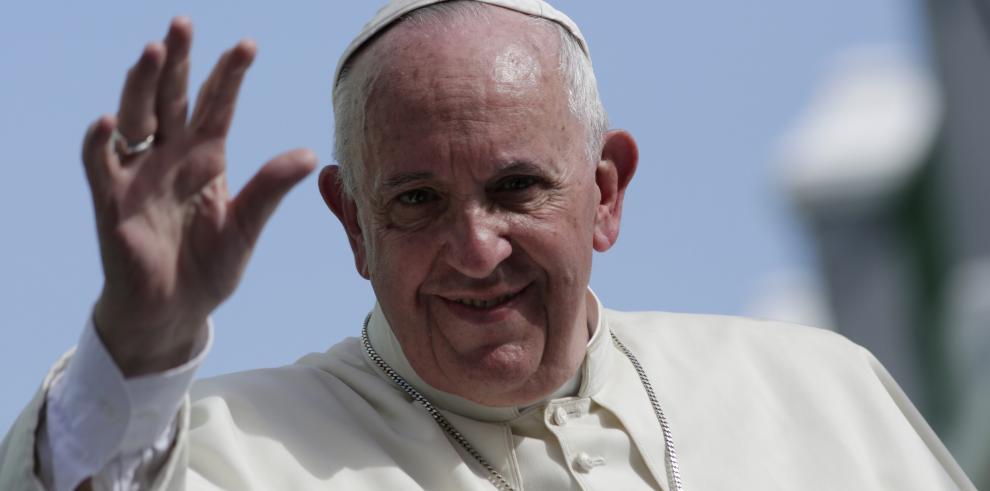 El papa Francisco partió de Cuba hacia Estados Unidos