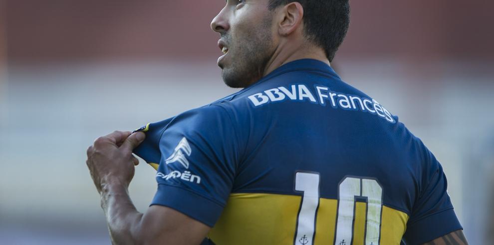 DT de Boca defiende a Tévez tras fractura a rival