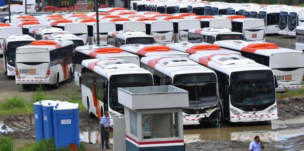 Sustituto de Mi Bus es contratado sin licitación