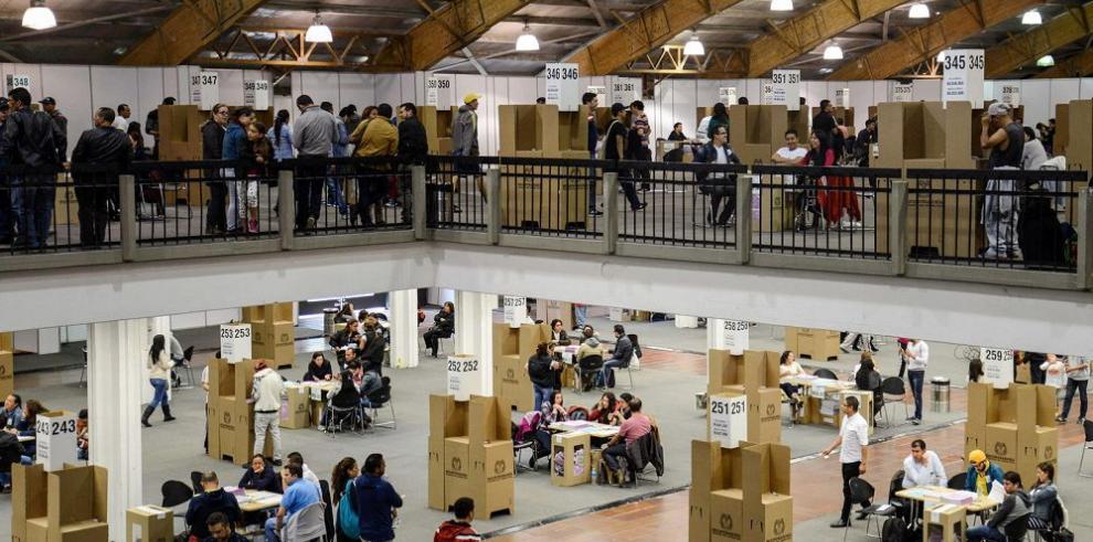 Independientes se imponen en varias alcaldías colombianas