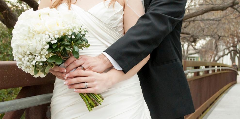 El papa simplifica el trámite de reconocimiento de nulidad matrimonial