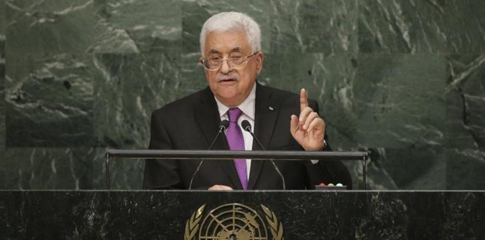 Abás dice que Palestina no puede seguir ligada a acuerdos de Oslo