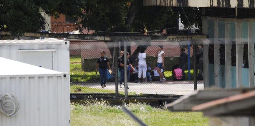 Presos y custodios controlan el mercado negro en las cárceles