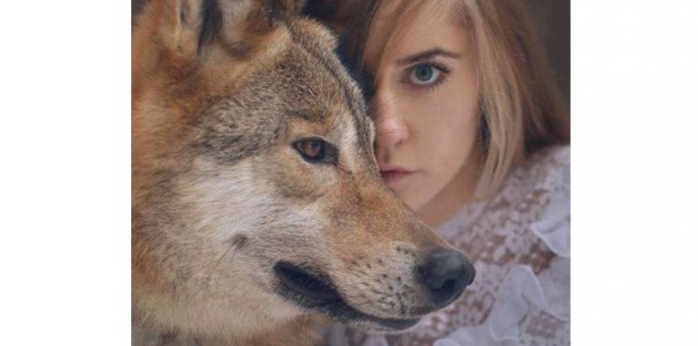 Mujeres que aman los animales salvajes