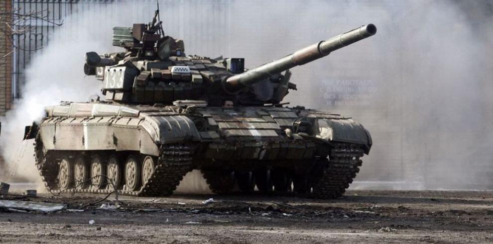 Tensiones en Mariupol y un alto al fuego en el aire