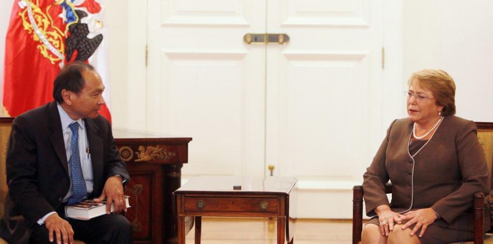 Juzgado acoge querella contra hijo de Bachelet
