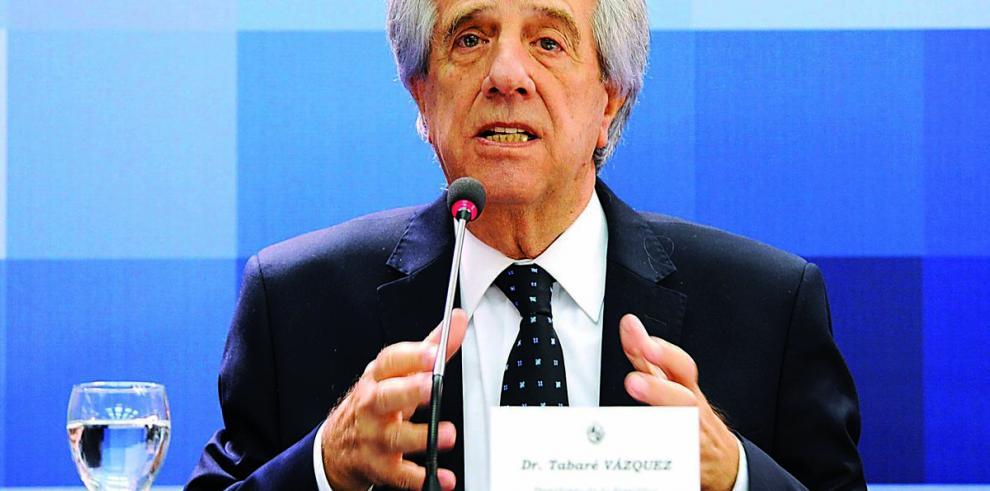 Tabaré Vázquez abre consejo de ministros al público