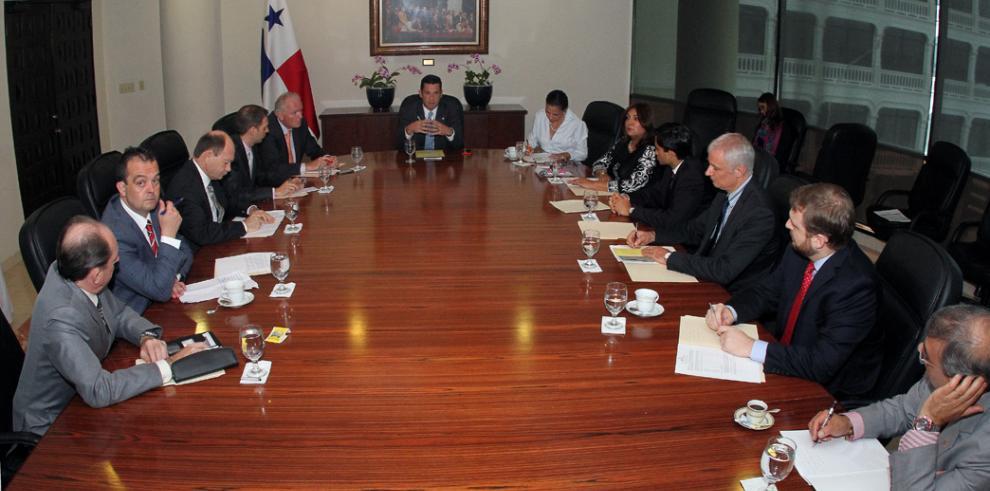 Panamá exige su exclusión de la lista de paraísos fiscales