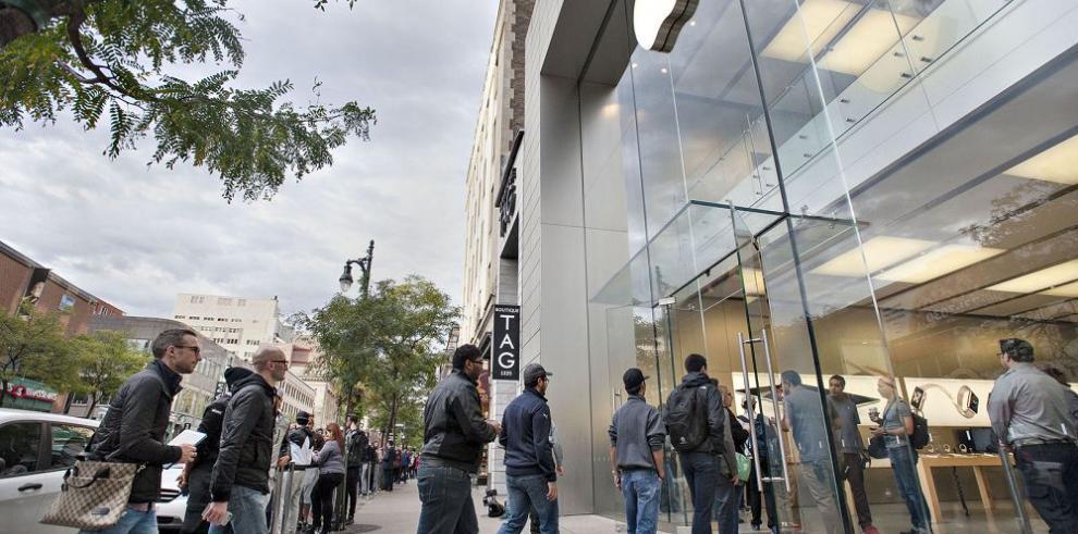 Acusan a contratista de Apple de explotadora