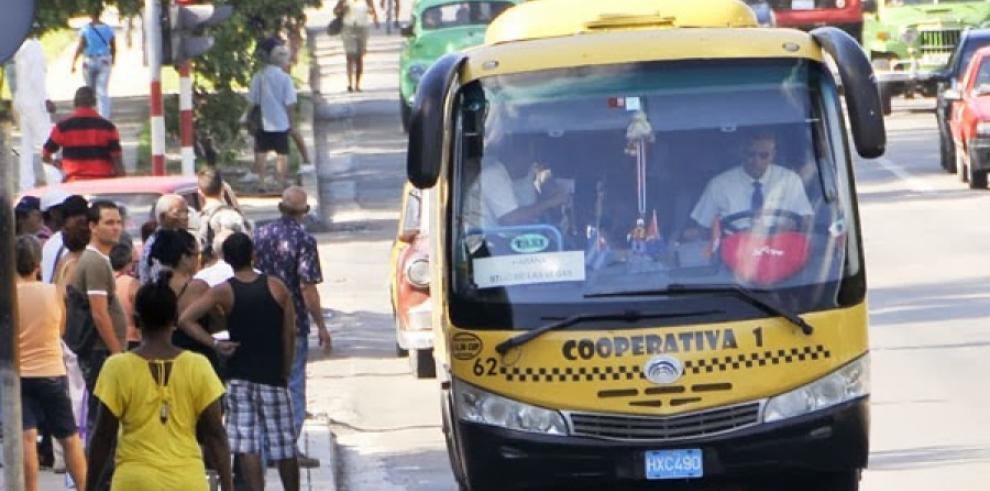 Taxis Ruteros de Cuba participarán en VII Cumbre