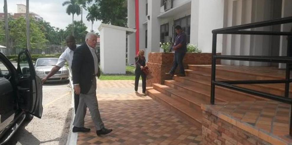 Expresidente Pérez Balladares se reúne con ministro Aguilera
